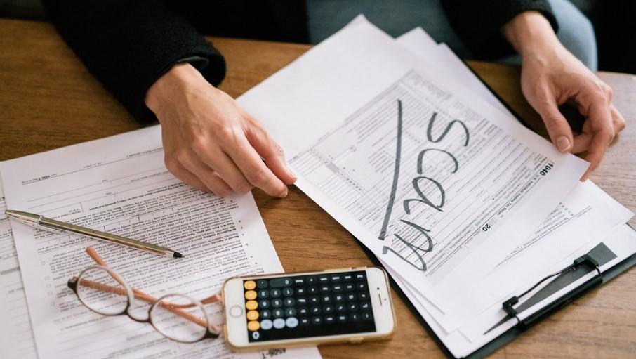 How to Avoid Phoney IRS Scams in Cedar Rapds IA