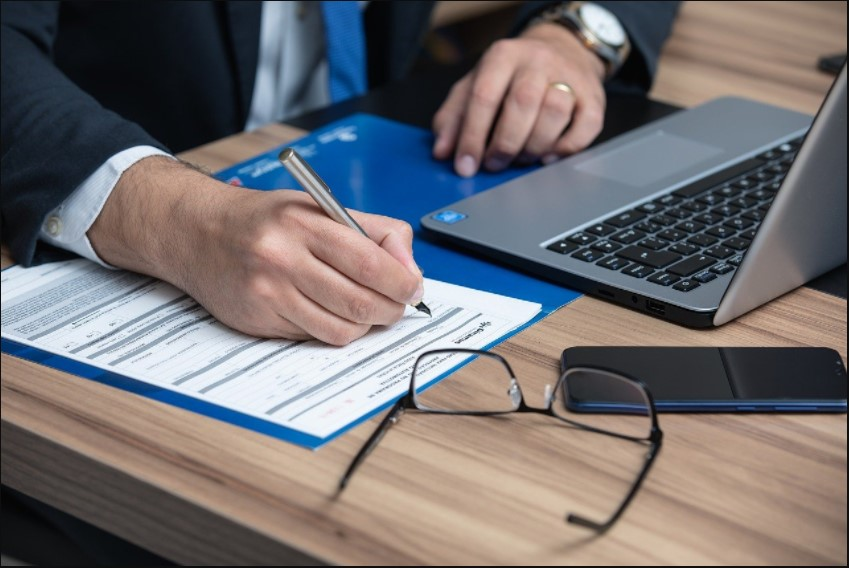 What to Expect From Tax Relief Lawyers in Woodland Hills, CA?